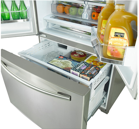 samsung-french-door-refrigerator-rf323tedbsr-freezer